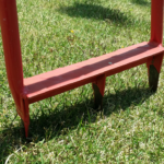 芝生の根に風穴を開けろ?グサッと刺すだけの道具でキレイな芝を維持